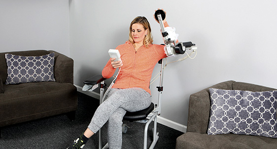 Lytle equipment for the shoulder, Mover. Increases your range of motion.